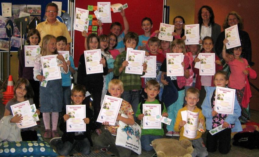 Lesenachmittag April 2011 2. Klassea